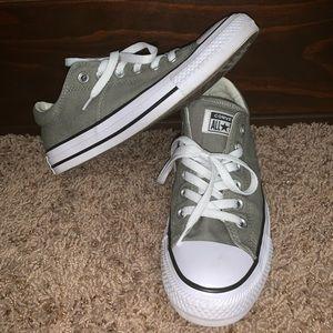 Converse Sneakers Sz 7 Women